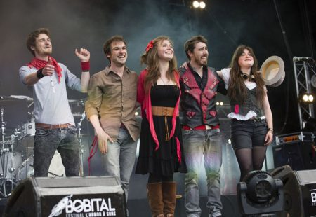 e-groupe-de-pop-rock-britannique-gad-zukes-jouera-sur-le-festival-Villages-Sessions